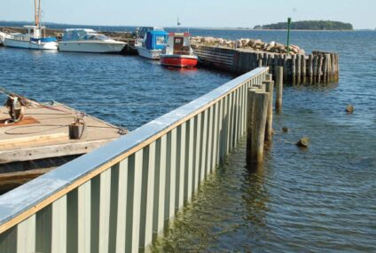 Vinyl Sheet Piling Used in the Construction of Docks and Marinas